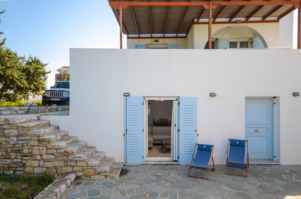 For sale 2 Houses 80 square meters Stelida Naxos – Real Naxos
